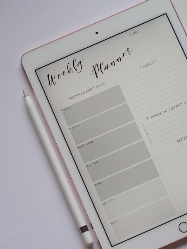 Anfangen zu Bloggen, Beispielbild; Bild von Unsplash, Jess Bailey