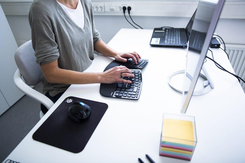 Beispielbild Anfangen zu Bloggen, Eva Dragosits, Texterin, Unternehmen querdenk, Wels
