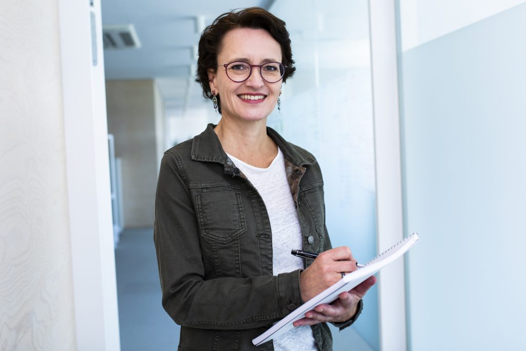 Eva Dragosits, Texterin, Unternehmen querdenk, Wels