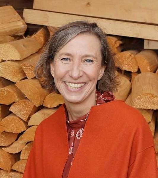 """Daniela Jahn, Unternehmerin, <a class=""""ek-link ek-link"""" href=""""https://www.hiersein.de/"""">hiersein.de</a>"""